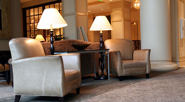 Commercial Carpet Cleaning - Kansas City Hotel Lobby